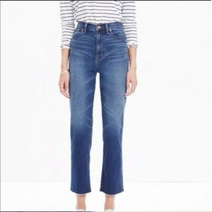 Madewell Blue kick out crop jeans Size 30